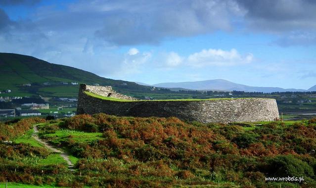 Cahergal-Stone-Fort