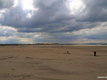 Panorama ogromnej, 5 kilometrowej plaży